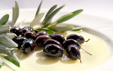 Olives in olive oil-1