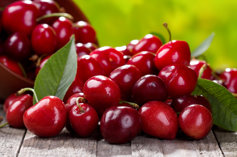 Sweet California cherries